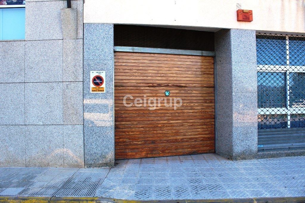 Alquiler parking llan a la vila ceigrup inmobiliaries for Pisos alquiler alt emporda