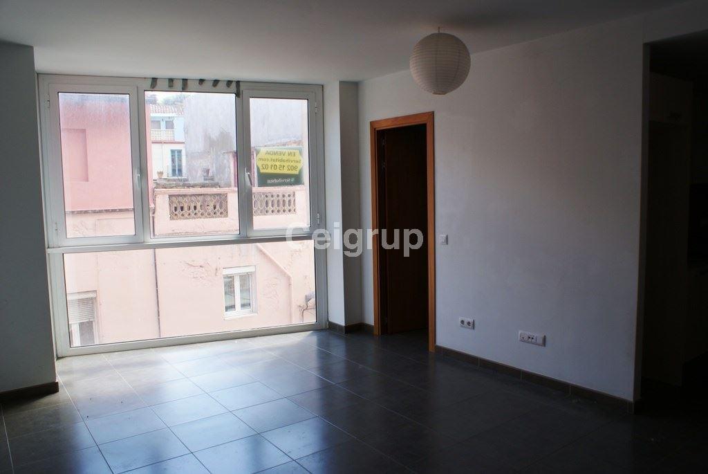 Venta piso portbou ceigrup inmobiliaries for Pisos alquiler alt emporda