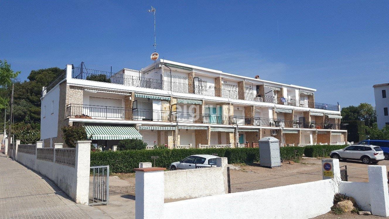 Venta piso l 39 escala ceigrup inmobiliaries for Pisos alquiler alt emporda