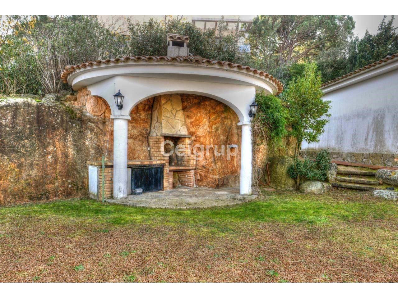Venta casa sant feliu de guixols ceigrup inmobiliaries - Casas sant feliu de guixols ...